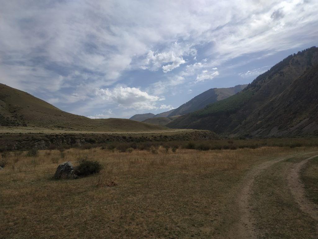 début du trek au kirghizistan
