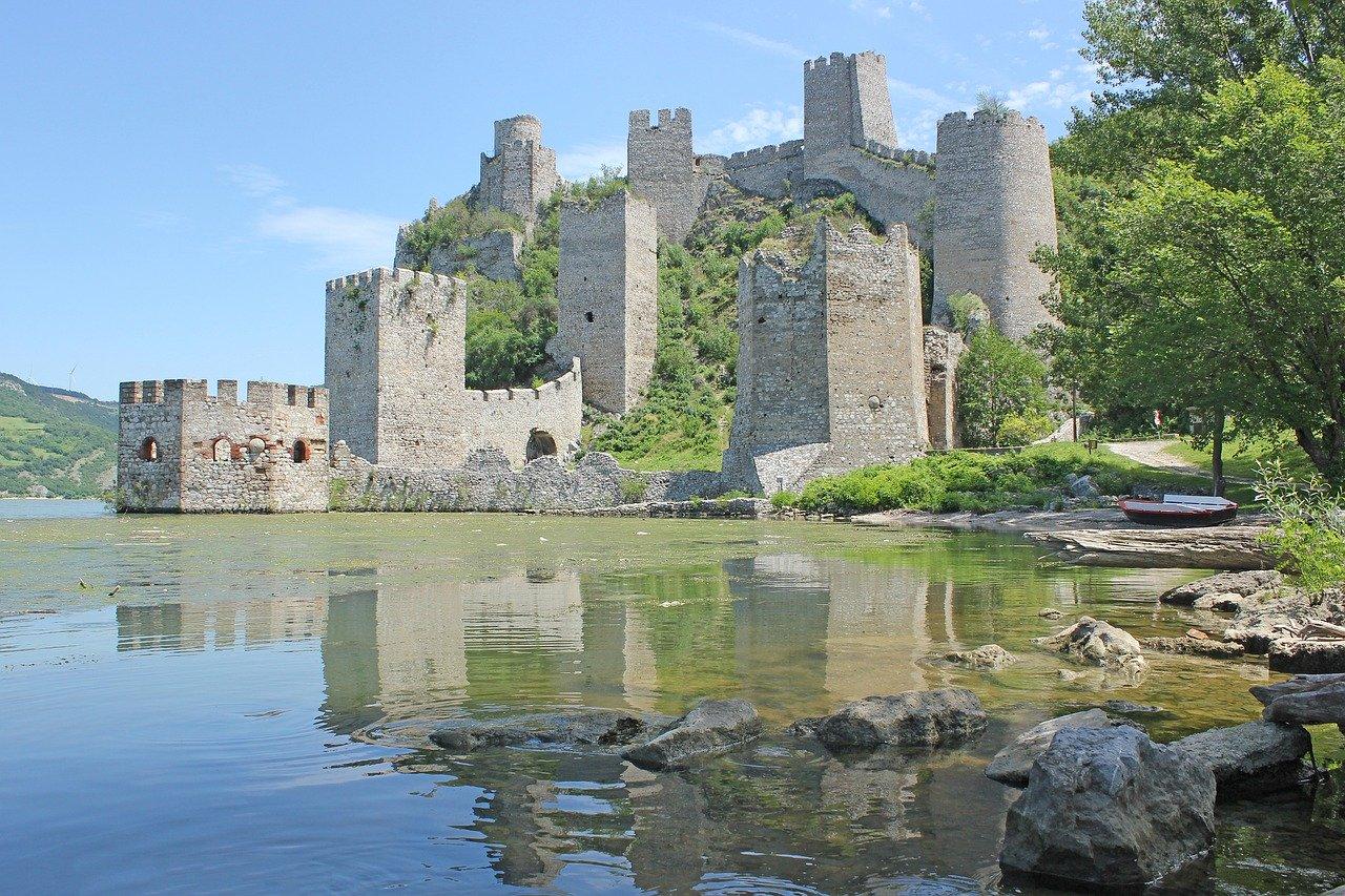 Chateau en Serbie